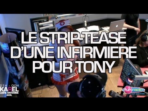 Le Striptease D'une Infirmiere Pour Tony video