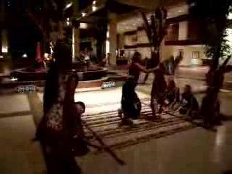 Sabah Kadazan Magunatip Dance