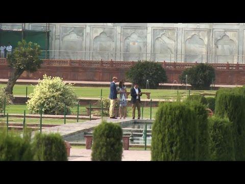 William and Kate visit Taj Mahal