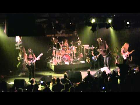 Iron Maiden - Hallowed Be Thy Name2