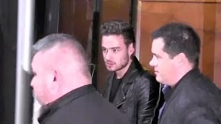 One Direction ARRIVING At Saturday Night Live - EXCLUSIVE VIDEO