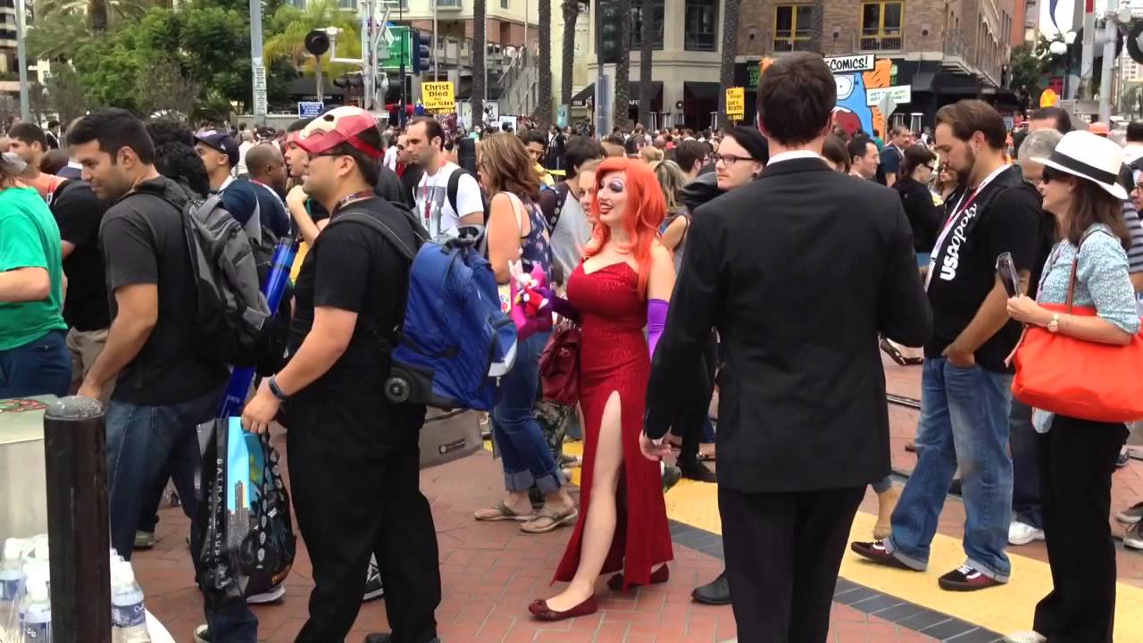 [Comic-Con San Diego 2015 Day 1 do you see Jessica Rabbit ?] Video