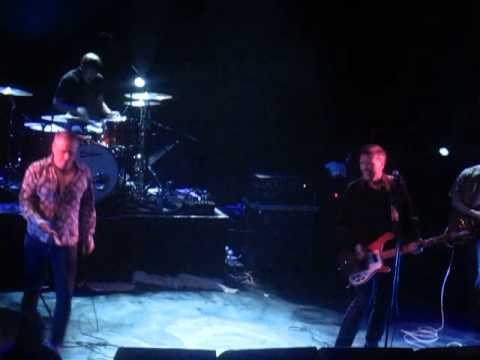 The Undertones - Listening In (Live @ KOKO, London, 24/05/13)