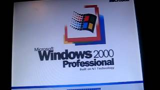 Dell Dimension 4600 computer from 2004 with Windows 2000 booting up