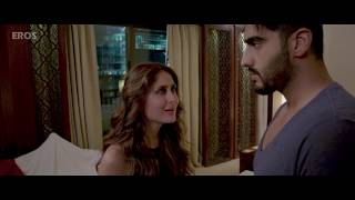 Hot Kiss by Kareena Kapoor and Arjun Kapoor | Ki & Ka | Movie Scene