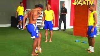 Joga Bonito Compilation ● ft. Ronaldinho, Ronaldo, Cristiano Ronaldo, Zlatan Ibrahimovic
