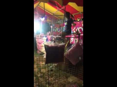 Koh Lanta Night Market - Dunk Tank