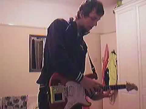 Kaossilator vs Sustainer - Bellamy (Muse) Kaoss Guitar Style