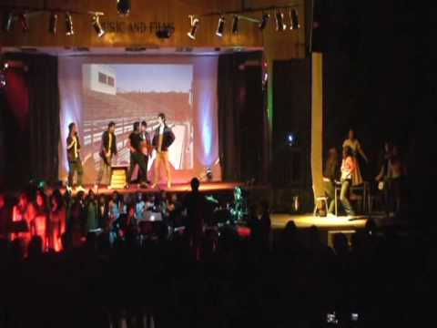 GREASE BRILLANTINA Colegio San Lorenzo Copiapó.wmv