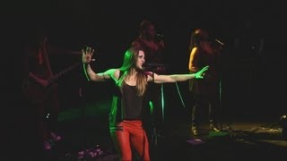 Watch Melanie C Go video