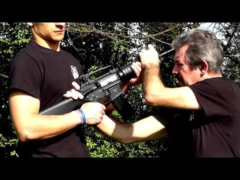 KRAV MAGA TRAINING • M4 (rifle) disarming • Kapap Image 1
