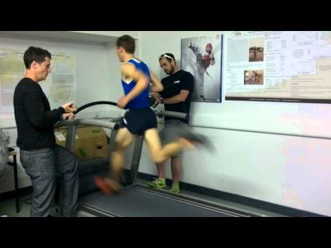 Joe Warne 800m World Record Treadmill Attempt 28.5km H  In Five Fingers