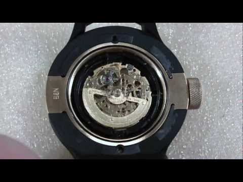 How I replace a movement in a wrist watch. Invicta S1 Rally