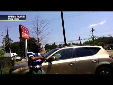 Foi roubar carro mas não imaginava o que tinha na mão do dono