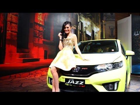 All-New Honda Jazz / Fit 2015. harga mulai 199 juta dan inilah 10 kelebihan mobil ini