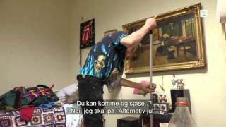 Petter uteligger, Episode 5 - Svein vasker gulvet