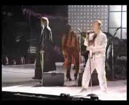 David Bowie - Heroes @ Concert For New York City