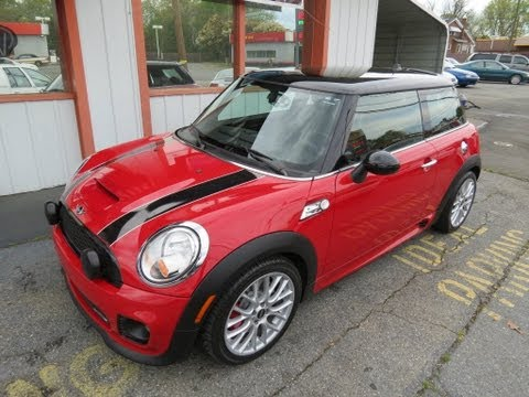 2009 Mini Cooper John Cooper Works Start Up. Exhaust. Test Drive. and In Depth Review