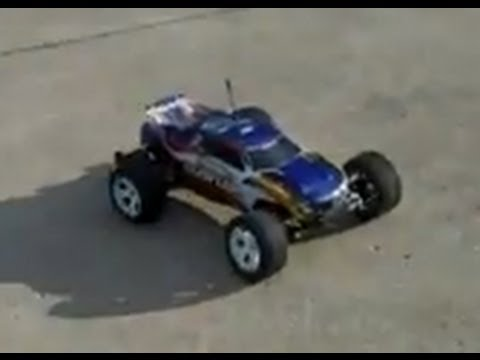 Traxxas Rustler XL-5 First Run w/Dynamite 20t Brushed Motor
