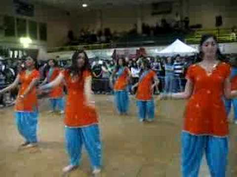 Karachi Girls Rocking Performance video