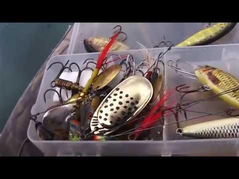 видео ловля щуки на ложку