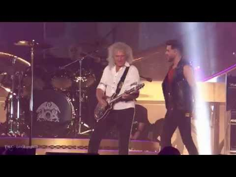 Queen + Adam Lambert - Crazy Little Thing Called Love - Los Angeles, Ca - Forum video