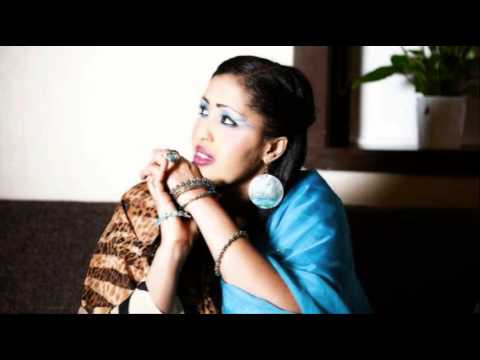 Idil Barkhad (maku Diray Jaceyl) New Somali Song 2014 video