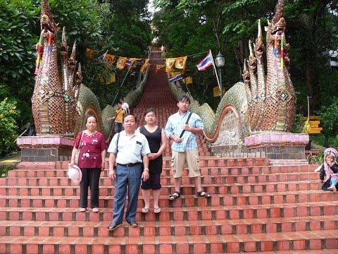 Hmong American Kids back to Doi Suthep Chiang Mai