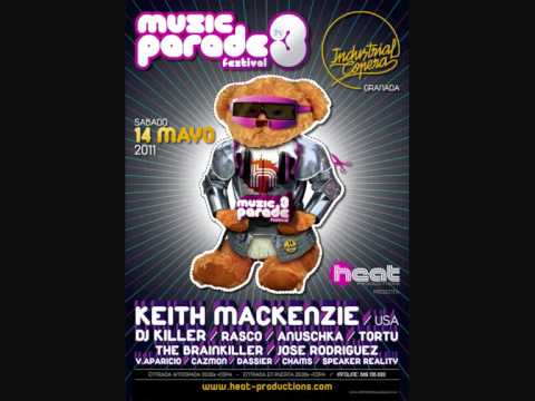 keith mackenzie@ industrial copera Music Parade TOma toma