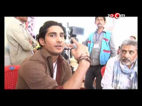 Saif Ali Khan teaches acting to Prateik Babbar
