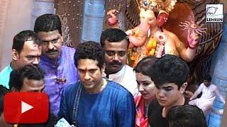 Video : Sachin Tendulkar Seeks Lalbaugcha Raja's Blessing | Lehren News
