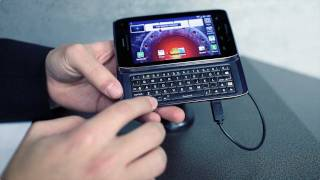 Motorola DROID 4 first look at 2012 CES