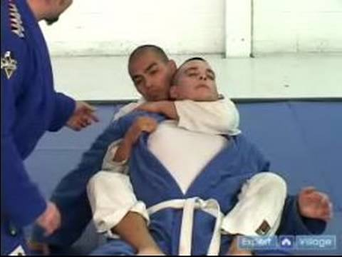 Gracie Brazilian Jujitsu Moves : Rear Naked Choke Jujitsu Technique Image 1