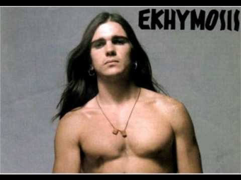Año: 1992, Album: Niño Gigante, Artista: Juanes (Ekhymosis) - Version Original - Version Album - Con Letra - With Lyric Letra/Lyric: Estoy solo y pienso que,...