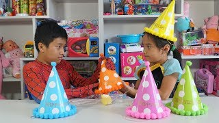 Learn Colors with Baby Birthday Party Hat for Children Song Finger Family Nursery Rhymes for kids