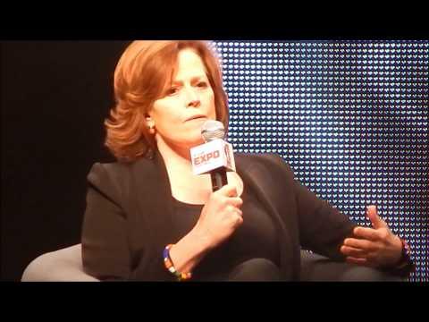 Sigourney Weaver Panel @Calgary Expo 2014