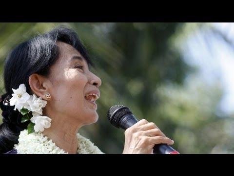 Myanmar, il partito di Suu Kyi si presenta alle elezioni
