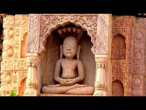 Shri Shantinath Digambar Jain Temple, Ramtek video