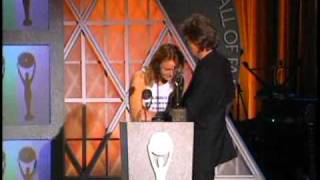 Paul McCartney accepts award  Rock and Roll Hall of Fame inductions 1999