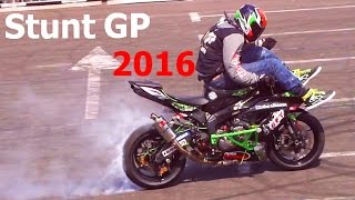 Download Mad stunt tricks - World Championship in Stunt Riding 2016 3Gp Mp4