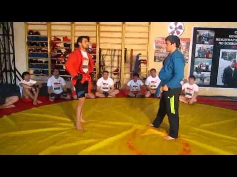 Расул Бокиев проводит мастер класс для спортсменов по боевому самбо 0