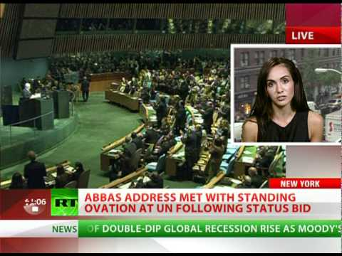 Abbas submits Palestine statehood bid, gets standing ovation at UN