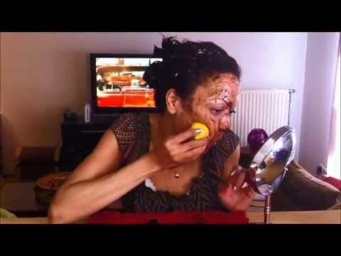 Masque l 39 avocat nourissant gommage claircissant taches d 39 acn s masque points noirs youtube - Gommage visage maison point noir ...