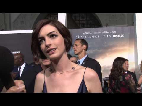 Interstellar: Anne Hathaway Exclusive Premiere Interview