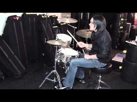 Que es lo mas difícil de tocar batería?