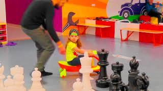 Kids Playground - Songs for children - Funny kids video - Игра в шахматы - Шахматная партия