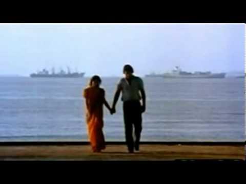 Aaj Phir Tumpe Pyar Ft By Madhuri Dixit & Vinod Khanna Dayavan...