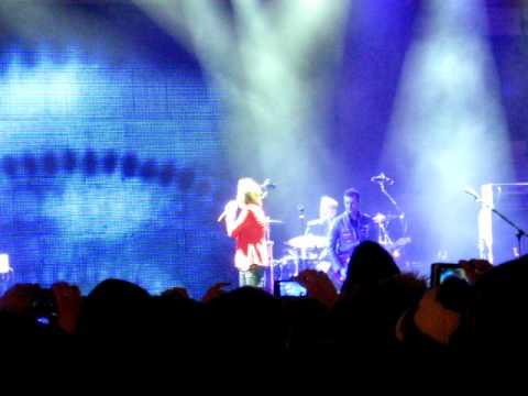 Concerto Gianna Nannini Salerno 31/12/2011 grane Salerno veramente grandeeeeee!!!!!