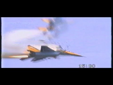 Mig-29's Crash at IAT 1993 RAF Fairford