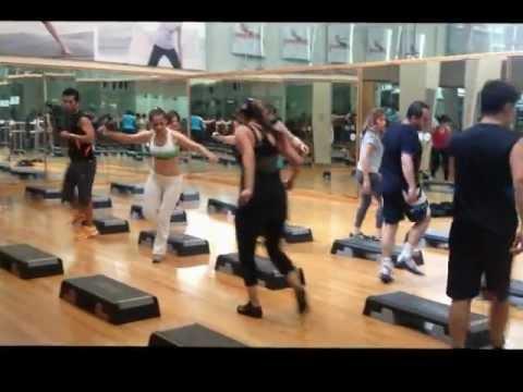 Step class Luis M Sport City universidad